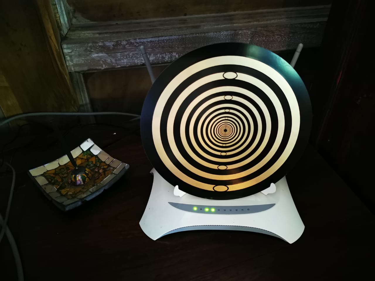 BioArc Large Modem Disc with Stand